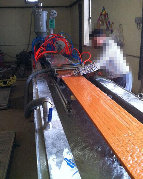 PVC-wood-foam-profile-extruder